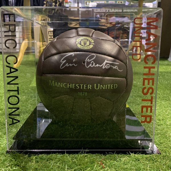Eric Cantona Signed Football Manchester United KING Legend Display Case COA