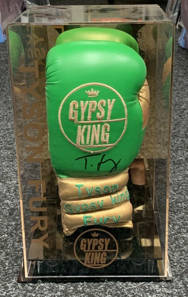 Exclusive Gypsy King Tyson Fury Signed Boxing Glove Display Case Proof Rare