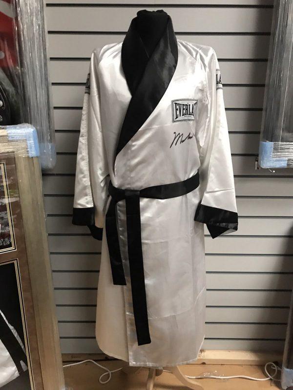 Muhammad Ali Hand Signed Everlast Boxing Robe/Gown World Champion GOAT COA