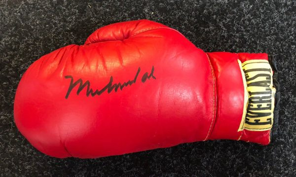 Muhammad Ali Signed Boxing Glove The Greatest Legend RARE COA PROOF AFTAL