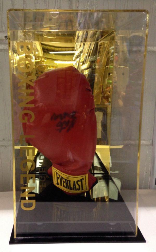 Roberto Duran Hand Signed Boxing Glove In a Display Case RARE COA